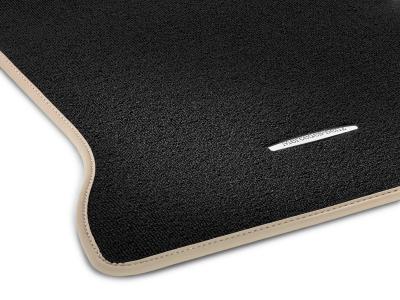 jeu de tapis mercedes classe a cla et gla beige velours. Black Bedroom Furniture Sets. Home Design Ideas