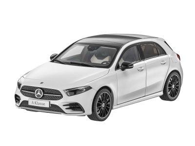 Modèle réduit Mercedes-AMG GT R échelle 1:18 ho